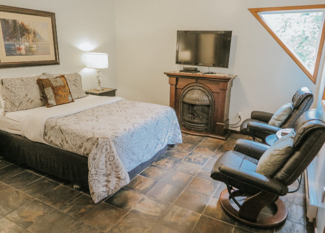 A charming, cozy, private suite with vaulted ceilings and separate entrance. | Tofino Vacation