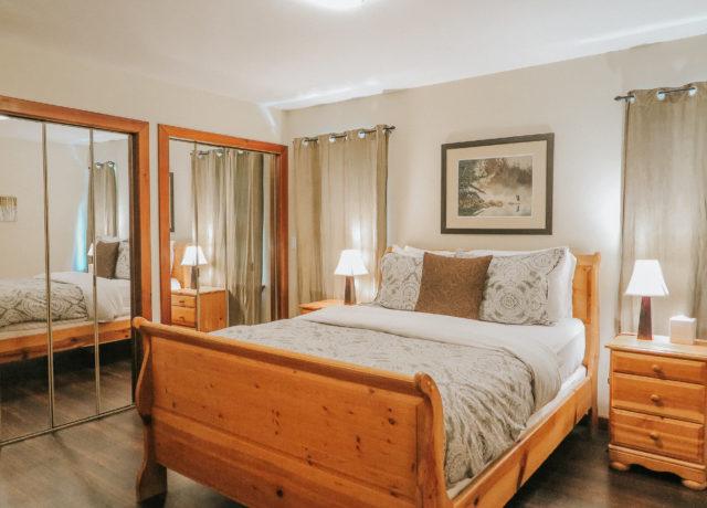 Tofino Vacation | Cobble Wood & Bird Sanctuary Guesthouses | Sandpiper Suite