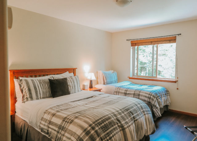 Tofino Vacation | Cobble Wood & Bird Sanctuary Guesthouses | Sandpiper Suite